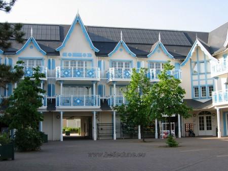 Belle Dune - Vue façade de la place